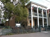 Parisian Courtyard Inn Bed and Breakfast New Orleans